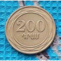 Армения 200 драм 2003 года.