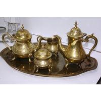 Чайный сервиз, сливочник, чайник, сахарница (латунь, внутри серебрение)