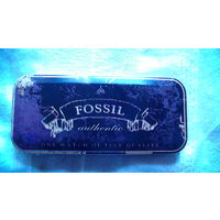 "Баночка жестяная. ""FOSSIL"" U.S.A. распродажа"
