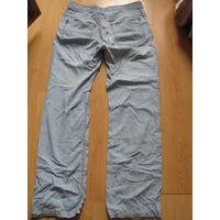 Фирменные джинсы летние тонкие светло голубые