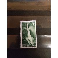 1960 Новая Зеландия водопад флора дорогая чистая без клея без дыр (4-1)