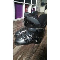 Горнолыжные ботинки 38
