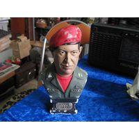 Уго Чавес, гипс, 19 см.