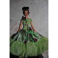 """Продам новое ПЛАТЬЕ для куклы Барби: """"ФИСТАШКА с ЕЖЕВИКОЙ"""" - машинный самошив, сидит весьма аккуратно. Сама кукла, как и её головной убор в стоимость не входят. Пересыл по почте платный!"""