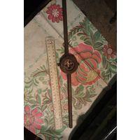 Плашкодержатель и плашка для нарезки резьбы