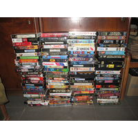 Видио кассеты 100 шт.фильмы разные
