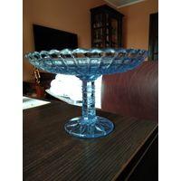 Старая ваза голубое стекло для сервировки стола СССР.