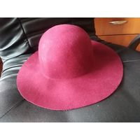 Шляпа бордо крутая известной фирмы