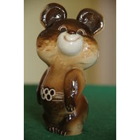 Статуэтка фарфоровая Олимпийский Мишка    целая  11,5 см