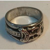 Байкерское кольцо-перстень