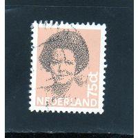 Нидерланды.Ми-1211. Королева Беатрикс.1982.