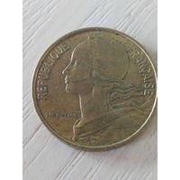Франция 10 сантимов 1977г.