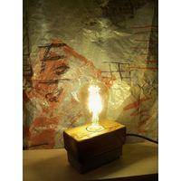 Настольная лампа. Дизайнерский светильник. 011