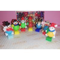 Новогодние игрушки из киндера джой