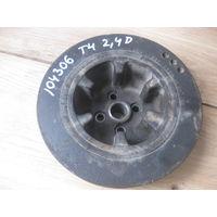 104306C VW t4 2.4D шкив коленвала 074105251b