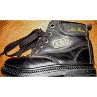 Ботинки черные,деми, натур кожа,Мексика,17 см стелька -
