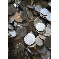 Монеты больше 2 кг.