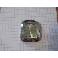 Часы кварц HS ( не идут)