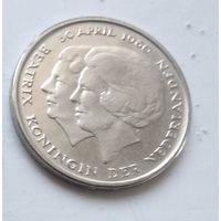 Нидерланды 1 гульден, 1980 Коронация королевы Беатрис 1-5-6