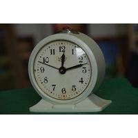 """Часы будильник   """" Севани """"   все работает"""