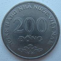 Вьетнам 200 донг 2003 г. (m)