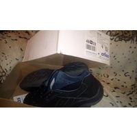 Кроссовки отличные 48 размер.Германия.в коробке Atlas.UNC.