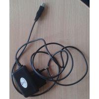 Зарядное мини USB универсальное. AMT