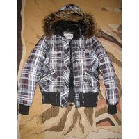 Куртка-пуховик со съёмным капюшоном. 42-44 р-р.