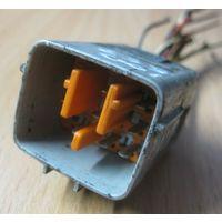 100857 Mazda 626W GW Lift RF2A коннектор