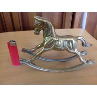 Конь-качалка Латунь 13 см.