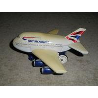 Самолетик British Airways, на батарейках, с пультом ДУ