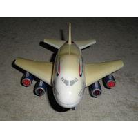 Самолетик British Airways, с пультом ДУ