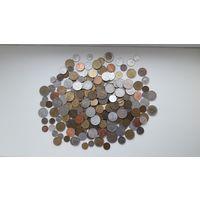 Азия, Америка, Европа и др. - 1 кг. монет