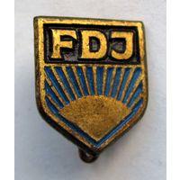 FDJ. Комсомол. Членский значок. ГДР.