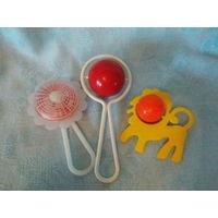 Погремушки -  пластмассовые игрушки СССР