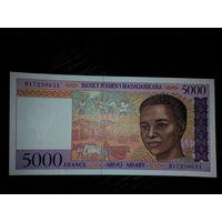 Мадагаскар. 5000 франков 1995г, UNC