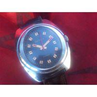 Часы ЧАЙКА 2609 ОВАЛ из СССР 1980-х