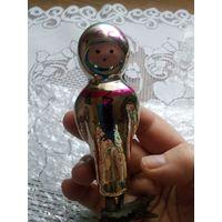 Елочная игрушка СССР Космонавт на прищепке.