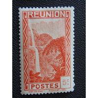 Французский остров Реюньон 1933 г. Водопад.