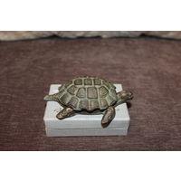 Винтажная, тяжёлая, металлическая пепельница-черепаха, подпись автора, Германия.