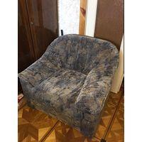 Кресло очень удобное мягкое без дефектов