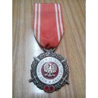 Медаль 10 лет выслуги в вс .Польша