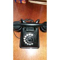 Телефоны старые Настольный и Судовой