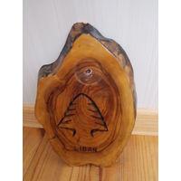 Сувенир красивый, настенное панно- срез дерева
