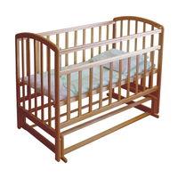 Детская кроватка  из массива натурального дерева