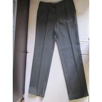 Новые мужские брюки 48 размера