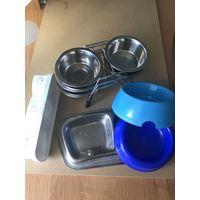 Набор тарелок и приспособлений для кошек