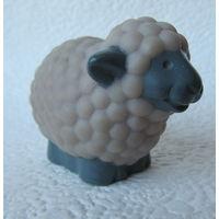 Фигурка овечка,1997 год
