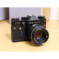 Фотоаппарат Зенит TTL, Гелиос 44М-4