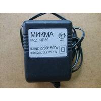 Сетевой адаптер (блок питания). 220 В -> 3 В, 1 А